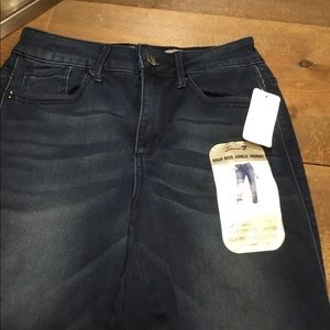 Seven 7 jean high rise ankle skinny Sz 4. NWT